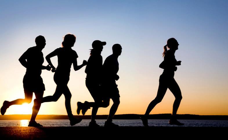 Camminare per fermare il declino: il ruolo 'neuro-protettivo' dell'attività fisica e mentale nel ridurre i sintomi di Parkinson e Alzheimer