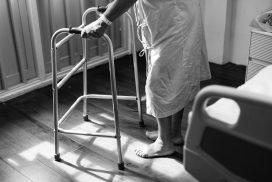 Operatore Socio-Sanitario (OSS): mansioni e competenze, criticità e potenzialità di un lavoro socialmente fondamentale