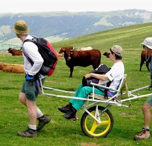 """""""Natura senza barriere"""": l'escursionismo per le persone con disabilità promosso da FederTrek"""